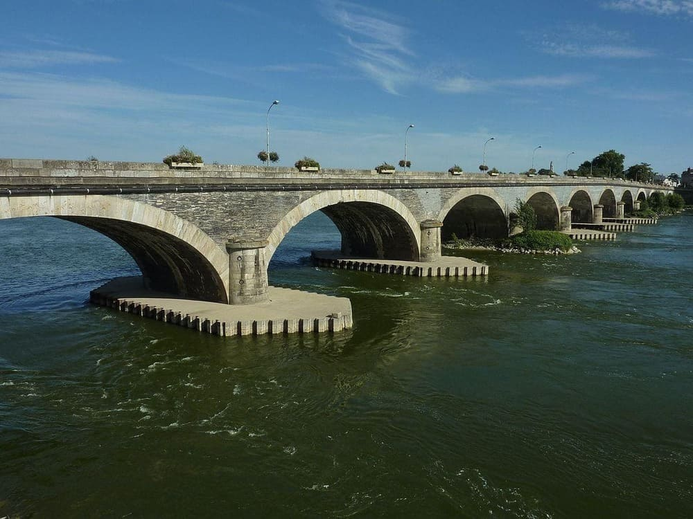 Pont de Dumnacus construit au milieu du XIXe siècle